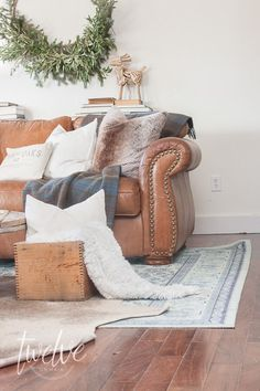 A Cozy and Simple Farmhouse Christmas Living Room full of texture and a beautiful aqua seti rug my Mohawk Christmas Living Rooms, Cozy Living Rooms, Living Room Interior, Living Room Furniture, Living Room Decor, Apartment Living, Minimal Chic, Interior Design Trends, Shabby