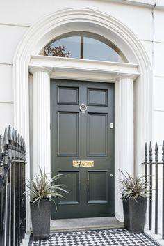 A lovely Georgian six panel front door in Studio Green, north London