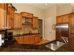 Granite countertops    #kitchen #realestate #hiltonhead