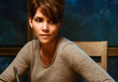 Halle Berry talks Extant, how the show came together, using Gravity as a benchmark, and flying in zero gravity. Sounds like fun to us!