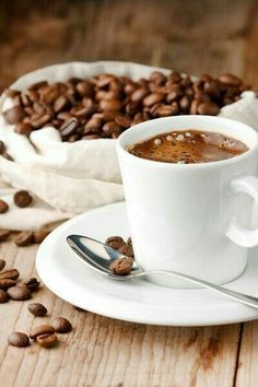 Lots Of Coffee Facts Tips And Tricks 5 – Coffee Coffee Tasting, Coffee Drinks, Coffee Cups, Coffee Creamer, Coffee Coffee, Coffee Travel, Coffee Tables, Starbucks Coffee, Travel Mugs
