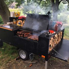 House Plant Maintenance Tips Voldaan Catering Barbeque Bbq Smoker Trailer, Bbq Pit Smoker, Fire Pit Grill, Bbq Grill, Barbeque Design, Foodtrucks Ideas, Custom Bbq Smokers, Diy Wood Stove, Food Truck Business