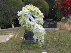 Sympathy Wreath Funeral Flower Arrangements, Funeral Flowers, Wedding Flowers, Grave Decorations, Flower Decorations, Funeral Caskets, Flower Drawing Images, Casket Sprays, Funeral Tributes