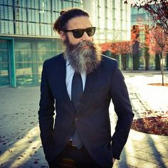 Pietro, @pietro_grassilli Beards And Mustaches, Beard And Mustache Styles, Beard Styles For Men, Beard No Mustache, Bearded Tattooed Men, Bearded Men, Beard Model, Man Dressing Style, Male Grooming