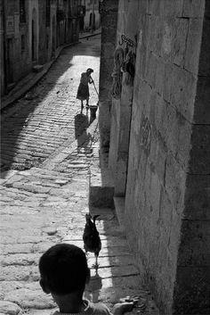 village of corleone, sicily, 1959 photo bysergio larrain
