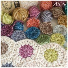 Free crochet - little dots bag or blanket using leftover yarn