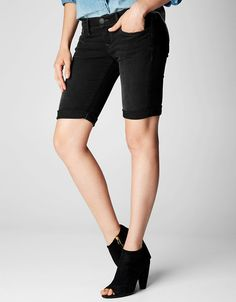 True Religion, SAVANNAH ROLLED WOMENS SHORT, binjai blck, Womens : Shorts, W43A357IC5BNHD