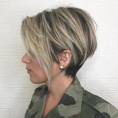 Balayage+Pixie+with+Tiered+Layers