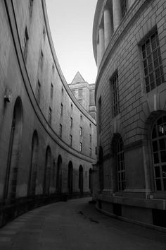 Buildings #street #photography #blackandwhite #buildings