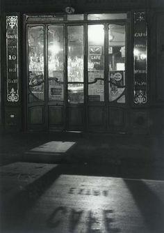 Bistro in the Latin Quarter, Paris, 1927, Andre Kertesz. (1894 - 1985)