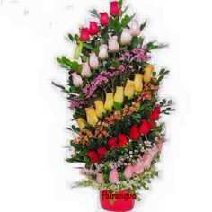 Ikebana Arrangements, Creative Flower Arrangements, Unique Flower Arrangements, Beautiful Flowers Wallpapers, Beautiful Roses, Flower Bouquet Wedding, Rose Bouquet, Fresh Flowers, Flower Decorations