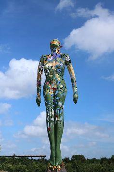 Public art. Enormous painted stainless steel & bronze sculpture by Irish artist Linda Brunker. Suzhou, China. 25 meter high. Steel Sculpture, Bronze Sculpture, Sculpture Projects, Suzhou, Public Art, Irish, Stainless Steel, China, Beautiful