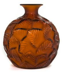 RENE LALIQUE AMBER GLASS ORMEAUX VASE . Circa 1926 -  Engraved: France