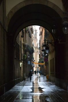 The smell of wet pavement. ( Barcelona, Spain  )