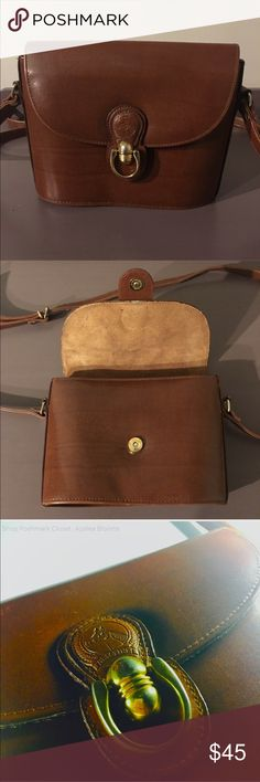 """RARE!!✨Vintage Pristine Leather Saddle Bag✨ RARE!!✨Vintage Pristine Leather Saddle Bag✨Color: Brown✨Condition: Like New✨Details: Gold accents, Adjustable Strap✨Measurements: 9""""x8.5"""" Bags Crossbody Bags"""