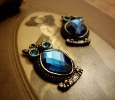 2pcs of  Quality Oxidised Silver Owl with faceted by CMVision, $6.99