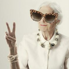 What to wear to be stylish over sixty? by Motilo Team. aayeee i am doing this to my grandma