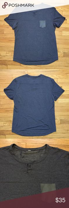 Lululemon mens s/s navy workout shirt - sz Large Lululemon mens s/s navy workout shirt - sz Large. Armpit to armpit - 21 inches. Length - 30 inches. Excellent condition. lululemon athletica Tops Tees - Short Sleeve