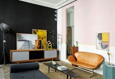 La casa parigina di Jean-Christophe Aumas, visual art director dell'agenzia creativa Voici-Voilà. Design di Jean-Christophe Aumas, foto di Helenio Barbetta, Didier Delmas