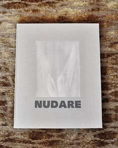 Nudare - botanical still lifes mo+mo The Collector, Still Life, Design Art, Dressing, Books, Flowers, Livros, Livres, Book
