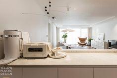 신반포팰리스 42평 아파트인테리어_우드향기가 번지는 집 [옐로플라스틱, 옐로우플라스틱, yellowplastic] : 네이버 블로그 Natural Interior, Kitchen Appliances, House Design, Apartment Ideas, Simple, Plastic, Yellow, Home Decor, Diy Kitchen Appliances