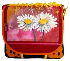 A beautiful bag for spring from Leolini