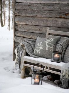 Love the idea of placing a warm blanket & pillow outside. Although chances are slim that someone might sit outside during the dead of winter, the two send an inviting, unspoken message to my guests.
