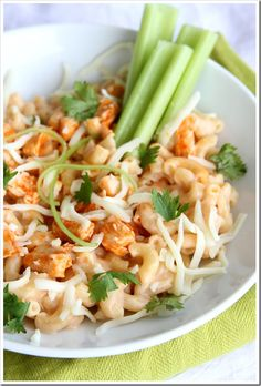 Buffalo Chicken Pizza Macaroni and Cheese | Doughmesstic