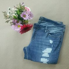 Silver Brand Jeans Boot cut jeans with distressed front lace backing on holes. Regular length. Please carefuly review photos as they are the best description. Worn twice. Silver Jeans Jeans Boot Cut