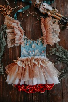 Little Girl Dresses, Girls Dresses, Flower Girl Dresses, Cute Outfits For Kids, Toddler Outfits, Toddler Fashion, Kids Fashion, Vintage Circus Costume, Baby Dress