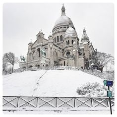 Reposting @frederic_photography.paris: Snow in Montmartre !!! First time since 5 years !! I #love my #city !! #paris 🇫🇷 . . . . . . #sacrecoeur #france #snow #neigeparis #travel #photography #instagram #architecture #neige #instagood #picoftheday #beautiful #lights #light #파리 #french #eiffel #instatravel #travelgram #parisianlife #parisienne #jaimeparis #citylight #cities #citiesoftheworld #photo