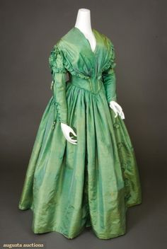 Victorian Dress - GREEN CHANGEABLE SILK DRESS, 1840s  November, 2007 -Tasha Tudor Historic Costume Collection  New Hope, PA
