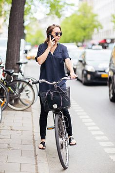 So cute, love this!! Although she should obviously be wearing a helmet