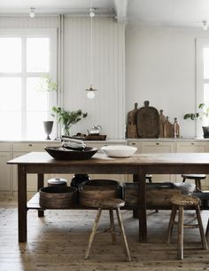 The Home of The Owners of Artilleriet, Sweden | Style&Minimalism Home Interior, Kitchen Interior, Interior Design, Design Interiors, Interior Modern, Interior Paint, Cottage Kitchens, Home Kitchens, Country Kitchens