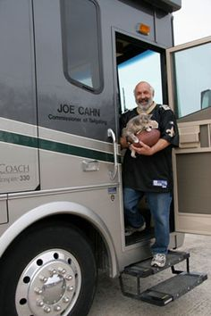 Meet Joe Cahn, the Commissioner of Tailgating