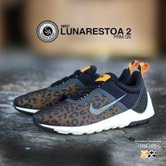 Nike Lunarestoa 2 Essential Mens Trainers Triple Black