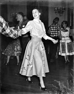 Princess Elizabeth square dancing - 1951