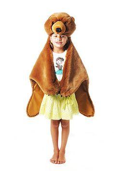 """Déguisement garçon et fille Ratatam- Peau de bête Ours brun.  Concept """"3 en 1"""" : déguisement, accessoire de décoration et tapis de jeu."""