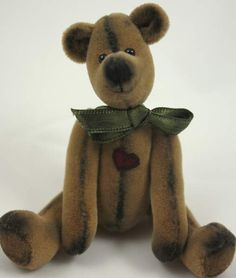 Sidney by Tickety Boo Bears  This is the first bear in my 'Never Been Loved' range :o)