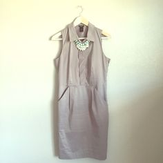 Ann Taylor dress Side zip, super flattering! Buttons up the front. Perfect condition.           RefH1506 Ann Taylor Dresses Midi