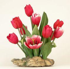 "2000 Boehm Porcelain Floral Group ""Tulips"" Signed on Bo : Lot 77"