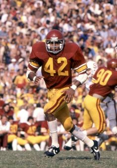 Ronnie Lott with the USC Trojans College Football Players, School Football, Sport Football, Football Fans, Football Fight, Longhorns Football, Football Uniforms, Texas Longhorns, Usc Basketball