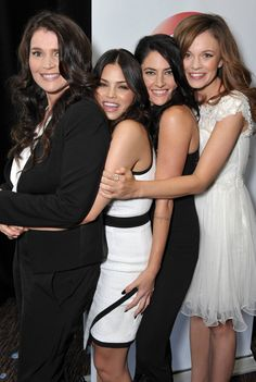 Witches-of-East-End-cast-image