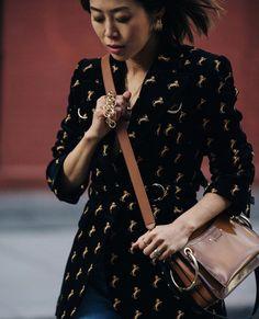 Aimee Song carrying Roy bag for #chloeGIRLS