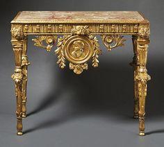 Louis-XVI-KonsoltischToskana, 18. Jh.Auf kannelierten Rundbeinen mit Widderköpfen die gerade Zarge — Möbel