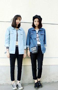 super Ideas for fashion style korean denim jackets Asian Street Style, Looks Street Style, Korean Street Fashion, Korea Fashion, Looks Style, Asian Fashion, Look Fashion, Fashion Outfits, Womens Fashion