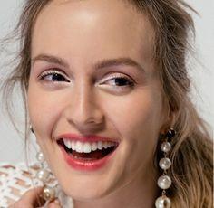 Leighton Meester on February 2017 Dakota Fanning, Leighton Meester, Blair Waldorf, Diamond Earrings, Pearl Earrings, Hoop Earrings, Gossip Girl, Celebrity Beauty, Beautiful Smile