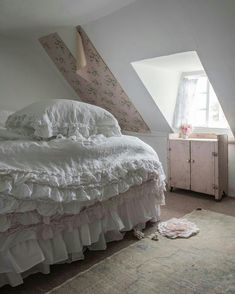 Tap the image to shop our pretty Petticoat Bedding. snap by Source Shabby Chic Bedrooms, Shabby Chic Homes, Shabby Chic Furniture, Shabby Chic Decor, Shabby Cottage, Romantic Bedrooms, Cottage Bedrooms, Pink Bedrooms, Cozy Cottage