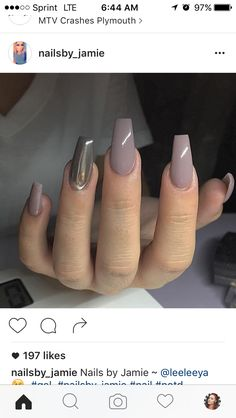 Taupe nails and chrome Get Nails, Love Nails, How To Do Nails, Hair And Nails, Gorgeous Nails, Pretty Nails, Nails Decoradas, Taupe Nails, Nail Candy