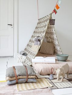 Nomad tent from rope   styling & design: stijlbloem.nl by Fleur Spronk   photography: Rolinda Windhorst
